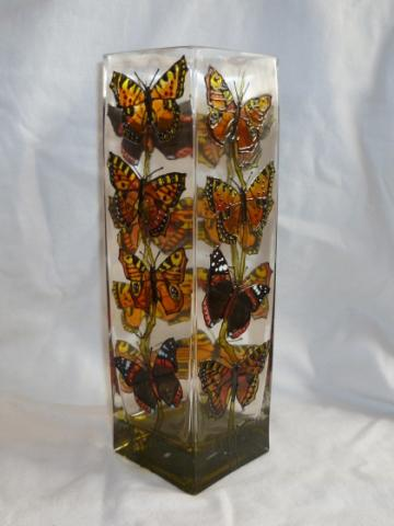 Hand_Painted_Glass-Butterlfly_Sq__Vase.JPG