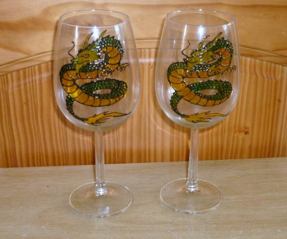 Hand_Painted_Glass-Dragon_Wine_Glasses.JPG